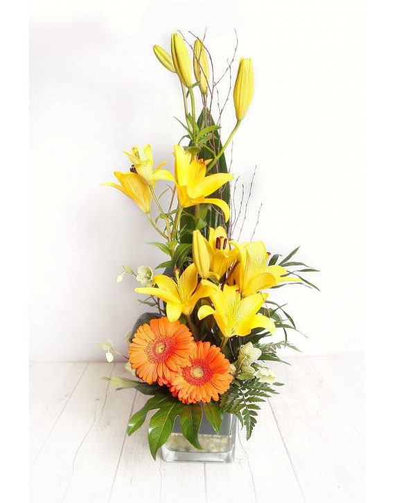 (C114) Medium arrangement of lilies & gerberas in glass vase