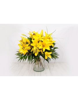 (R101) Bouquet of lilies