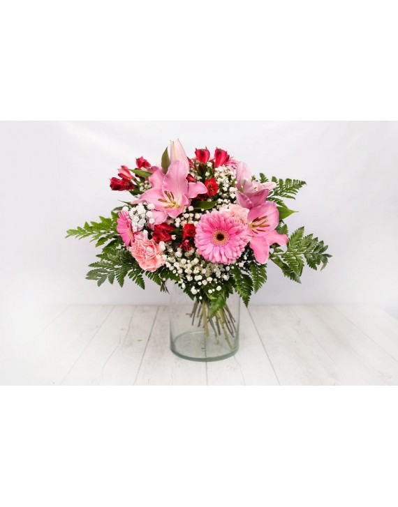 (R103) Bouquet of mixed flowers in pink