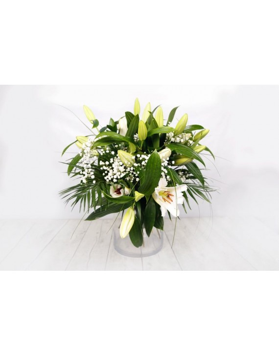 (R105) Bouquet of white lilies