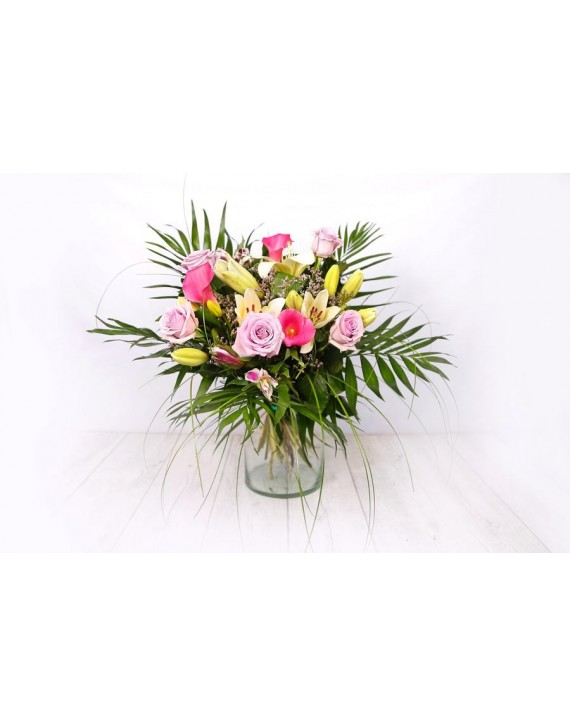 (R107) Bouquet pink and white with roses