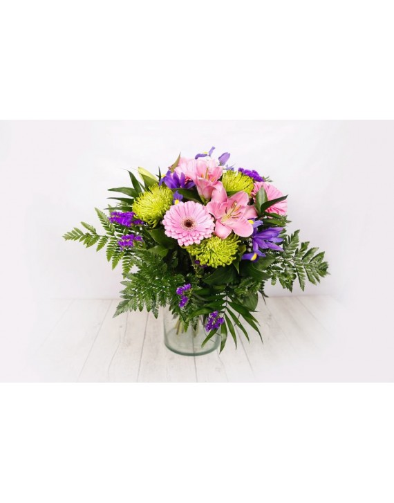 (R113) Bouquet of various flowers