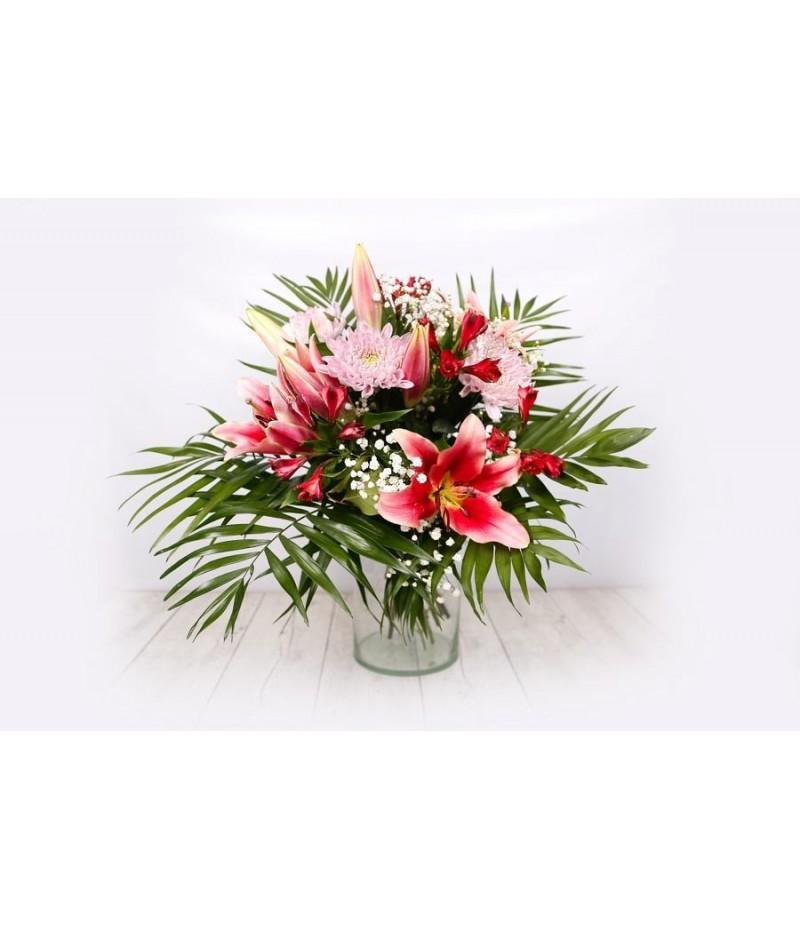Bouquet salmon pink lillium alstomelia