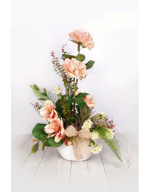 (AR100) Artificial arrangement in salmon colours