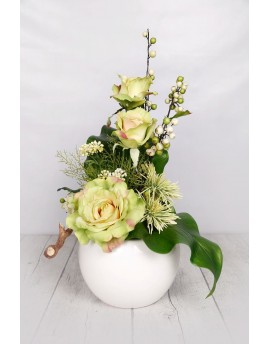 (Ar102) Artificial arrangement green and white