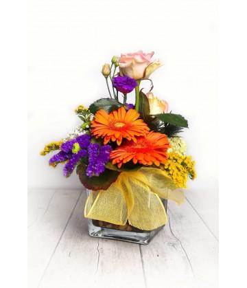 Arrangement multicolour size big crystal vase