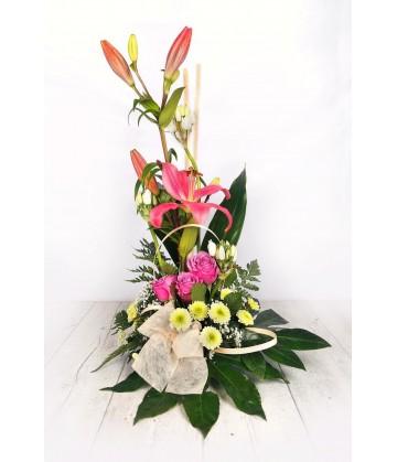 Arrangement simple pink lillium